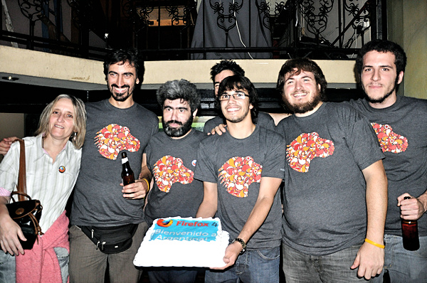 Gabriela Montagu at the Firefox 4 launch party with fellow members of the Argentine community.
