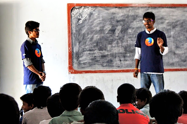 Spreading digital literacy in schools through the Firefox Student Ambassador program.